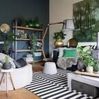 外国風インテリアのマストアイテム!青・緑系の壁紙でワンランク上のお部屋に。