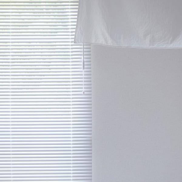 お部屋の印象を変えるのにオススメ!ブラインドを取り入れてスタイリッシュに♡