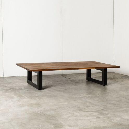リビングやワンルームのインテリアにオススメ!オシャレで実用性の高いローテーブルをご紹介