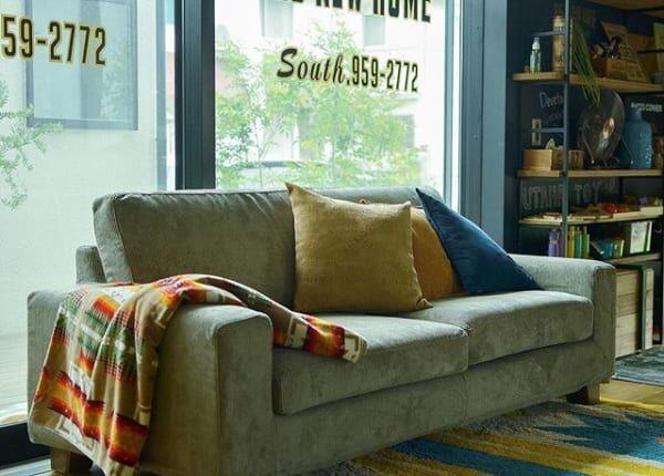 古いソファも一新!丸ごとカバーから簡単リメイクまで季節の変わり目に衣替え♪