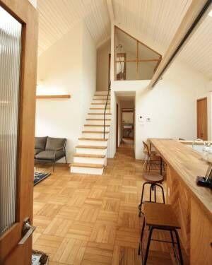 お家の中を繋いで、光や風を運んでくれる◎おしゃれな室内窓のある風景