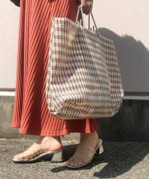 おしゃれ見えのカギは「先どり感」!トレンド感満載のバッグを2アイテムご紹介♡
