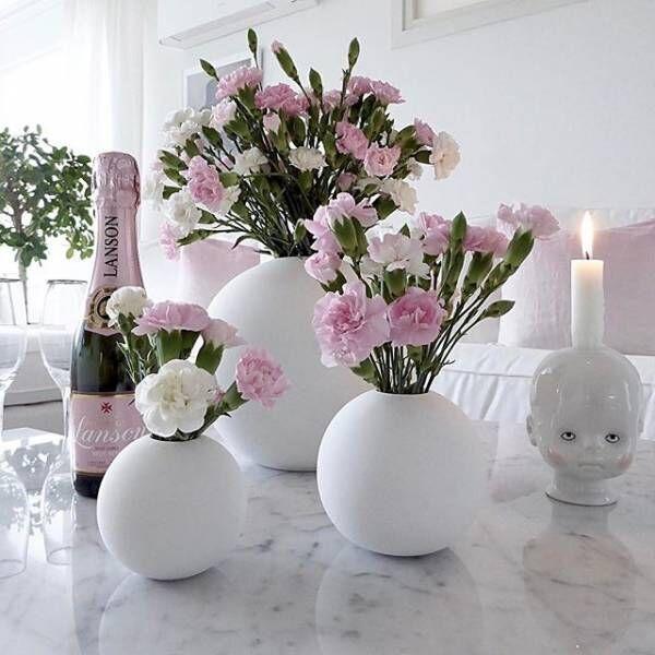 カラフルな花で気分を上げる♪花でインテリアを素敵に見せる飾り方アイディア集