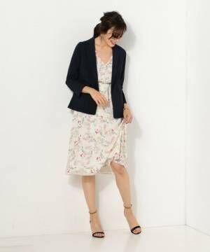 大人女性の頼れる定番アイテム!「ネイビージャケット」を使った素敵な着こなし