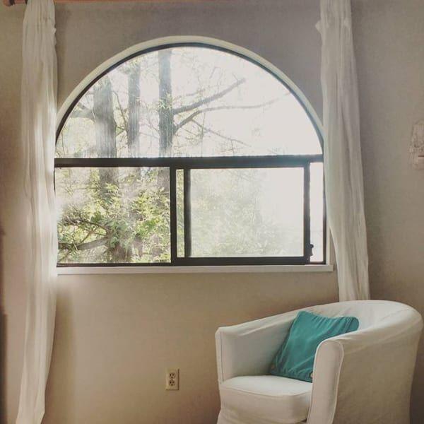 窓からの景色、見ていますか?景色を楽しむ窓辺のインテリア集♪