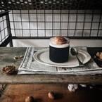 ウッドテーブルでカフェの雰囲気に♪おしゃれなカフェ風テーブルコーディネート14選