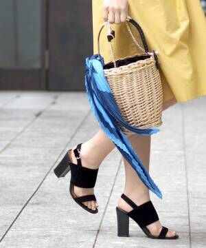 いくつでも欲しくなる!女子会やデートにもぴったりな小ぶりでおしゃれなバッグ♡
