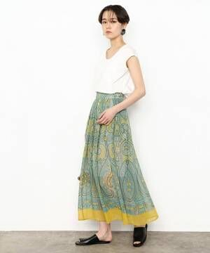 華やかな総柄スカートで夏を先取り♪はくだけで明るい気分になれるスカート集めました♪