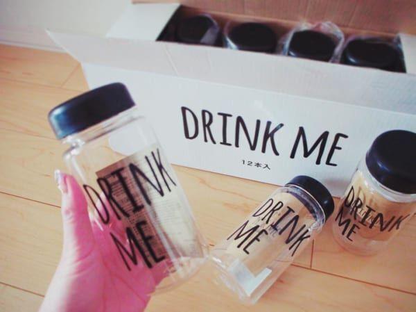 【キャンドゥ】の人気アイテム!手書き風が可愛いDRINK MEボトルをチェックしよう♪