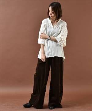 ゆったりとラクなのに、しっかりオシャレに仕上がる!オトナ女子のための「スキッパーシャツ・ブラウス」15選