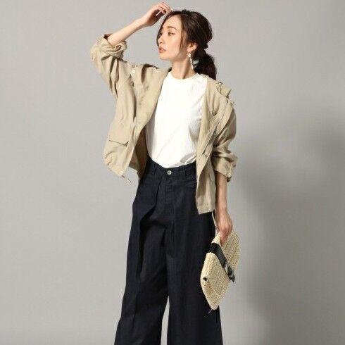 サラッと羽織りたい!スタイル別「マウンテンパーカー」の大人の素敵なコーディネート15選