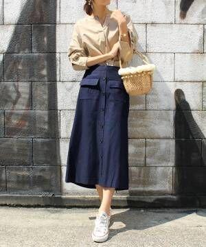 春コーデのアクセントになる!「フロントボタンスカート」を素敵に穿きこなす大人女子コーデ15選