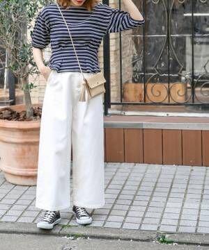 ボーダートップスに合わせるボトムスは何?パンツorスカートのコーデを見てみよう!