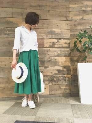 【2018年春夏】軽やかにスカートを着こなすのがトレンド♡カッコいいコーデ特集!
