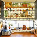 壁に彩りをプラスしてみよう!シェルフで作るお気に入りのインテリアスペース