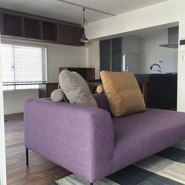 あなたの部屋に馴染むのはどのカラー?色とりどりのソファをご紹介します!