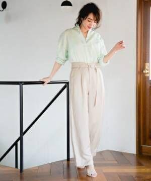 体型カバーにも最適の《ワイドパンツ》まとめ。おしゃれ女子の着こなしとは?