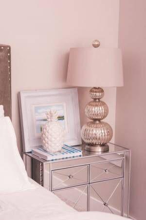 ミラー家具ベッドサイド用の家具
