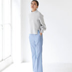 次に買い足したいアイテムブルー系パンツ15選☆大人の着こなし術をご紹介