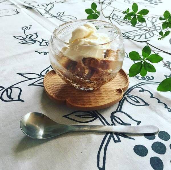 バニラアイスとグラニテを盛り付けコップ活用