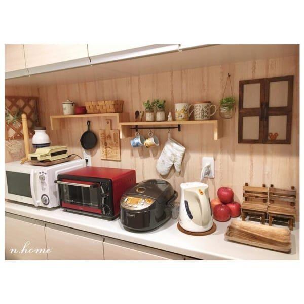 キッチンカウンターインテリア セリアの木目調リメイクシート