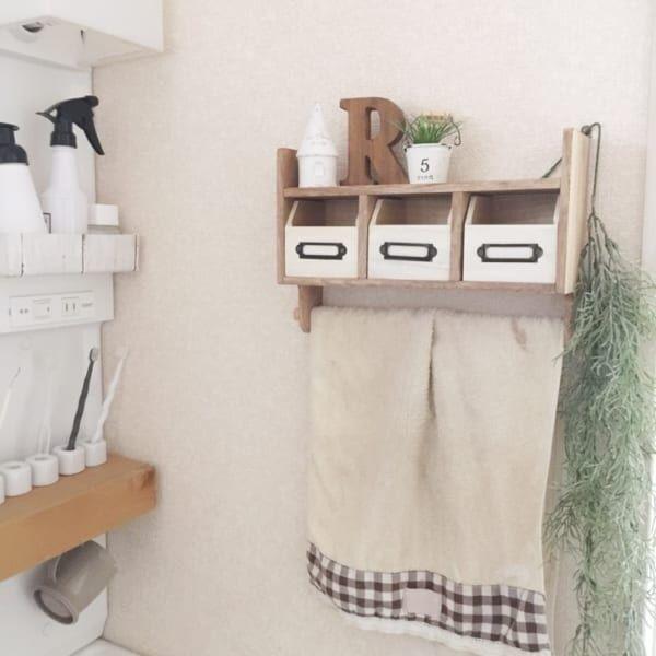 トイレ収納 棚を取り付ける4