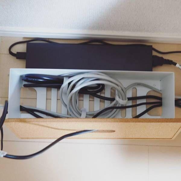 ケーブル収納IKEAコンセントボックス