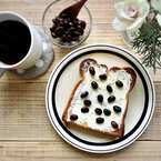 トーストをより美味しく♪朝の気分をあげるカフェ風な盛り付けモーニング!