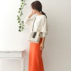 コーデにフレッシュ感をプラス!「オレンジ・イエロースカート」を使った春コーデ