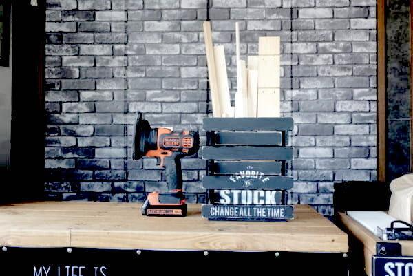 100均(ダイソーetc.)で作る!DIYに便利なアトリエ空間の資材&工具収納アイデア
