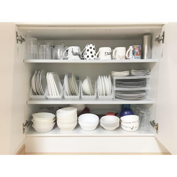 ダイソーの食器ケースと食器スタンドで収納