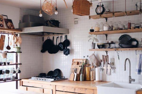古道具好きさんの素敵なキッチン:団地リノベーション