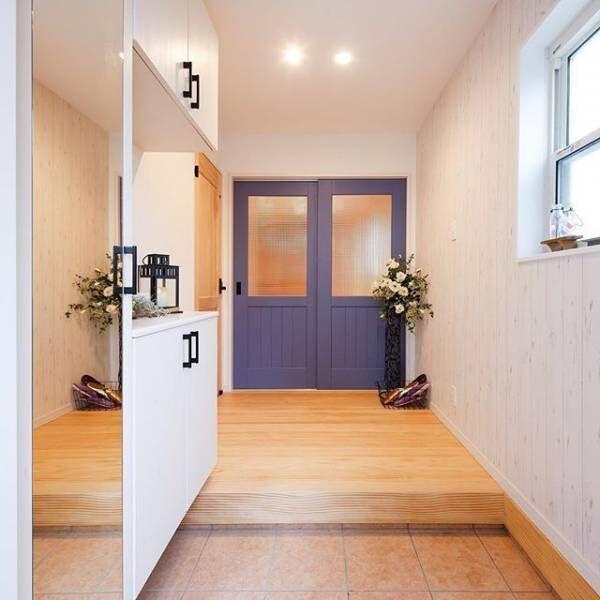 おしゃれに迎えたい!美しい「玄関」を彩る3つのインテリア術