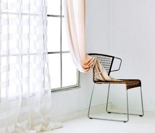 閉めたままでもお部屋が明るい♪透け感のあるおしゃれな《カーテン》を取り入れよう!