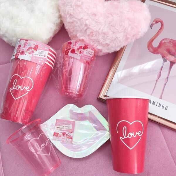 ダイソー雑貨ピンク