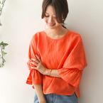 コーデにオレンジを取り入れて…♪オレンジアイテムを使った春の大人スタイル特集