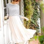 ふんわりシルエットで女性らしく♡《プリーツスカート》の春感満載コーデ♪