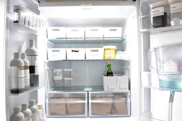 【冷蔵室】隠す収納ボックス