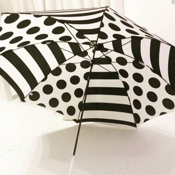 傘モノトーン