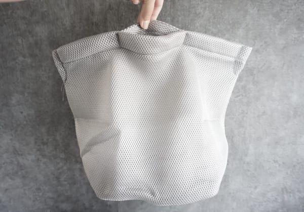 キャンドゥのそのまま洗えるランドリーバッグ