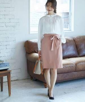 ベルトラップタイトスカート