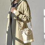 「PVCバッグ」は早めゲットが正解!春夏使えるトレンドバッグコーデ♪