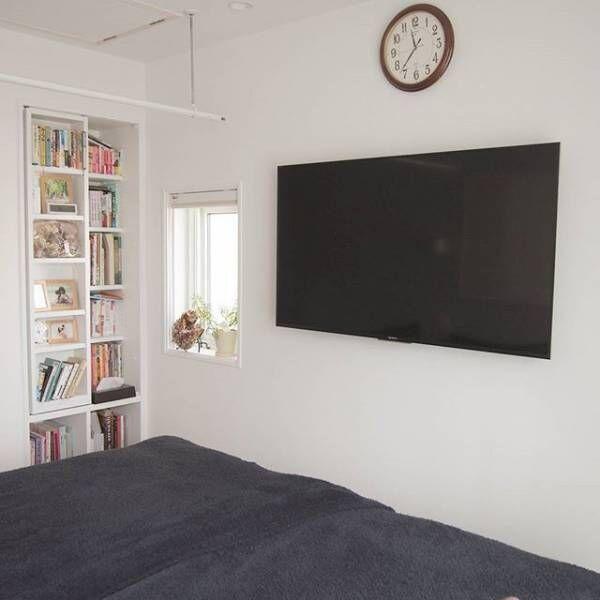 壁掛けTVでシンプルな空間
