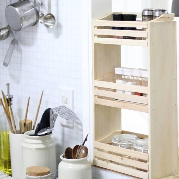 【連載】セリアアイテム使用♪カット無しで作れるお値段以上な調味料棚を簡単DIY!