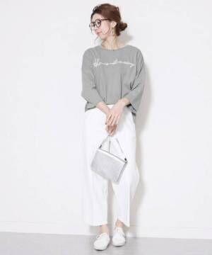[reca] ゆったりシルエット 筆記体 刺繍ロゴTシャツ2