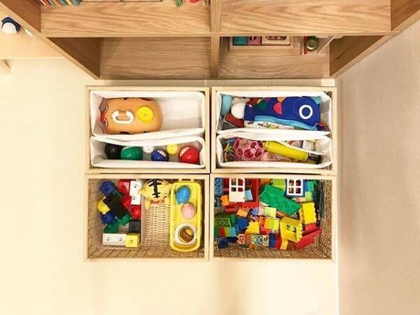 おもちゃ収納には区切って使うと便利
