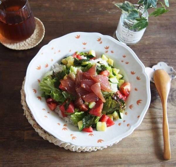 ごろごろ野菜とマグロの漬けのっけプレート