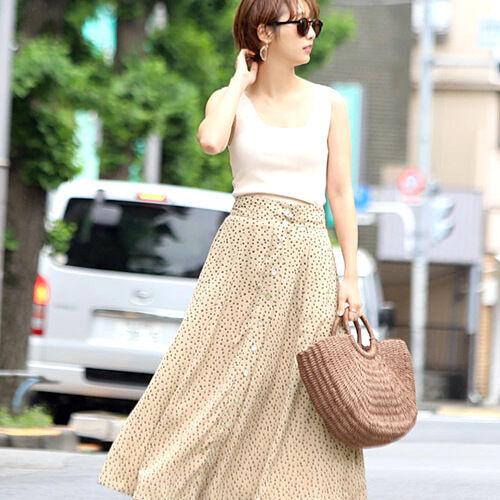 あなたはどの柄を選ぶ?一枚で着映えする《柄スカート》を大特集!