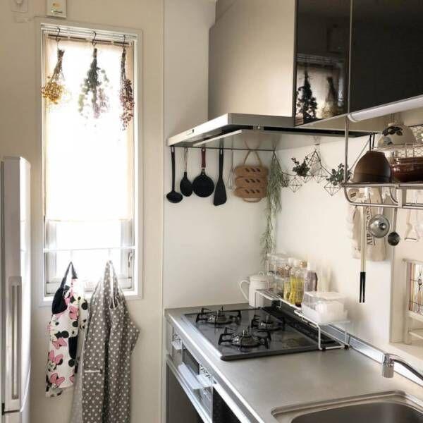 かさばりやすいキッチン用品をキレイに!スッキリみせるための収納術をご紹介