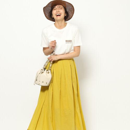 あなたはどのカラーをGETした?夏ならではの大人な「カラースカート」特集